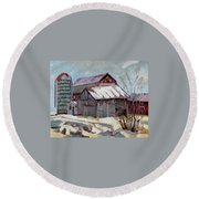 Moultons Barns Round Beach Towel