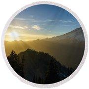 Mount Rainier Golden Dusk Light Round Beach Towel