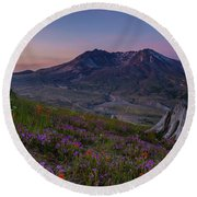 Mount St Helens Spring Colors Round Beach Towel