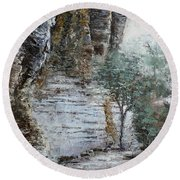 Mountain Pass Round Beach Towel