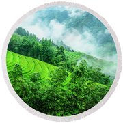 Mountain Scenery In Mist Round Beach Towel