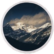 Mountains At Dusk Round Beach Towel