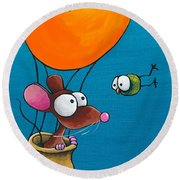 Mouse In His Hot Air Balloon Round Beach Towel