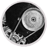 Movie Projector Gears In Black And White Round Beach Towel