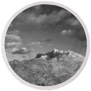 Mt. Chilly Round Beach Towel