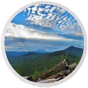 Mt. St. Helens And Red Mountain Round Beach Towel