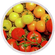 Multi Colored Tomatoes Round Beach Towel