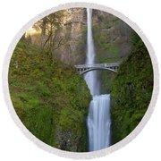 Multnomah Falls In Oregon State. Round Beach Towel