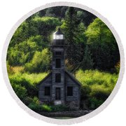Munising Grand Island Lighthouse Upper Peninsula Michigan Vertical 01 Round Beach Towel