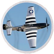 Mustang Photo Pass - 2017 Christopher Buff, Www.aviationbuff.com Round Beach Towel
