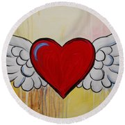 My Heart Has Wings Round Beach Towel