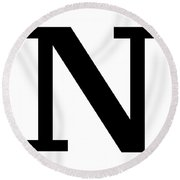 N In Black Typewriter Style Round Beach Towel
