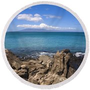Napili Bay With Lanai Round Beach Towel