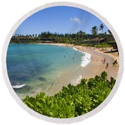 Napili Bay With Visitors Round Beach Towel