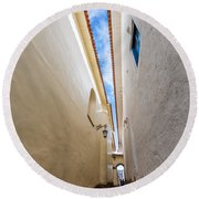 Narrow Alley In Cusco Round Beach Towel
