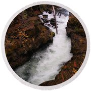 Natural Bridge Gorge Round Beach Towel