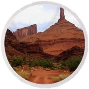 Near Moab 5 Round Beach Towel