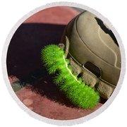 Neon Geen Caterpillar Loves Crocs Round Beach Towel