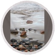 New England Beach With Rocks And Waves Round Beach Towel