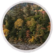 New Hampshire Color Along The Swift River Round Beach Towel