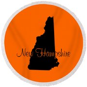 New Hampshire In Black Round Beach Towel