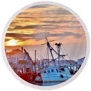 New Hope Sunrise - Sunken Ship At West Ocean City Harbor Round Beach Towel