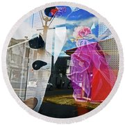 New Orleans Statues 9 Round Beach Towel