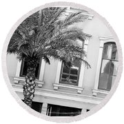 New Orleans Windows - Black And White Round Beach Towel