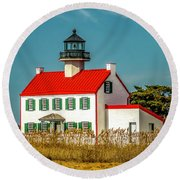 New Paint On East Point Lighthouse Round Beach Towel