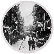New York : Chinatown, 1909 Round Beach Towel