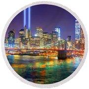 New York City Brooklyn Bridge Tribute In Lights Freedom Tower World Trade Center Wtc Manhattan Nyc Round Beach Towel