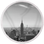 New York City - Empire State Building Panorama Black And White - 2015 Edition Round Beach Towel