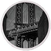 New York City - Manhattan Bridge Round Beach Towel