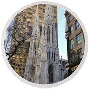 New York City St. Patrick's Cathedral Round Beach Towel