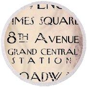 New York City Street Sign Round Beach Towel