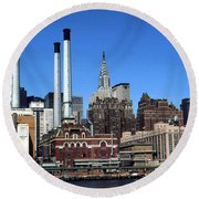New York Mid Manhattan Skyline Round Beach Towel