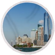 New York Skyline And Sailboat Round Beach Towel