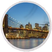 New York Skyline - Brooklyn Bridge Round Beach Towel