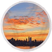 New York Skyline Sunrise Clouds And Color Round Beach Towel