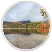 Color On The Lake  Round Beach Towel