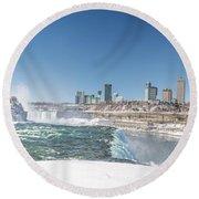 Niagara And Canada Round Beach Towel