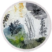 Night And Day In The Forest Round Beach Towel