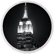 Night At The Empire State Building Round Beach Towel