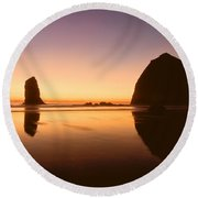 Nightfall At Cannon Beach Oregon Round Beach Towel