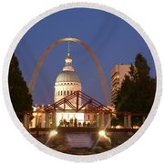 Nighttime At The Arch Round Beach Towel