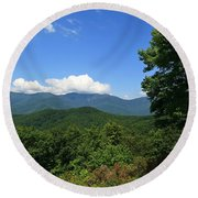 North Carolina Mountains In The Summer Round Beach Towel