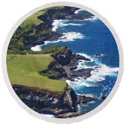 North Coast Of Maui Round Beach Towel