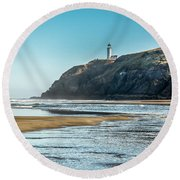 North Head Lighthouse With The Morning Light Round Beach Towel