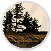 Northern Silhouette Round Beach Towel
