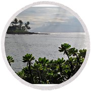 Northwest Maui Bay Round Beach Towel